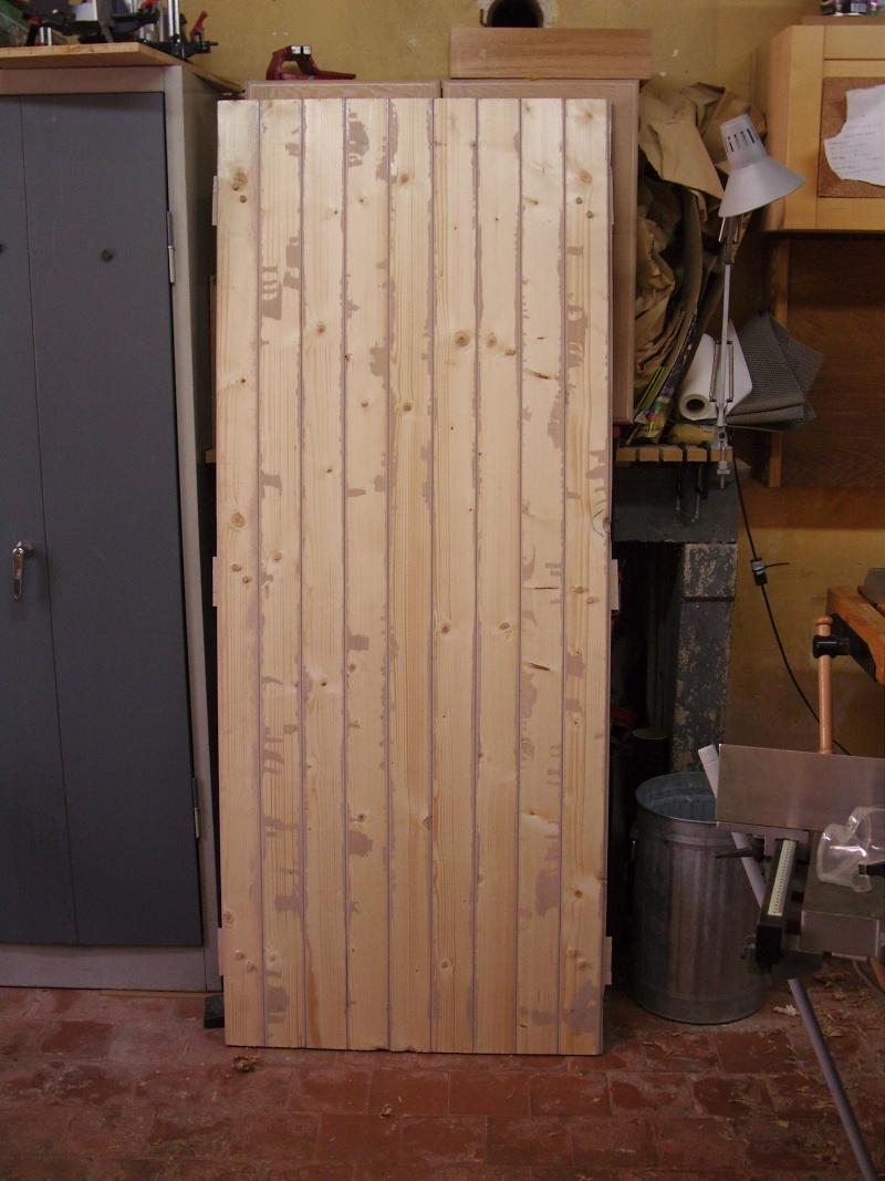 [Réalisation] Une porte/volet à clefs pour mon abri de jardin - Page 2 Snb13142