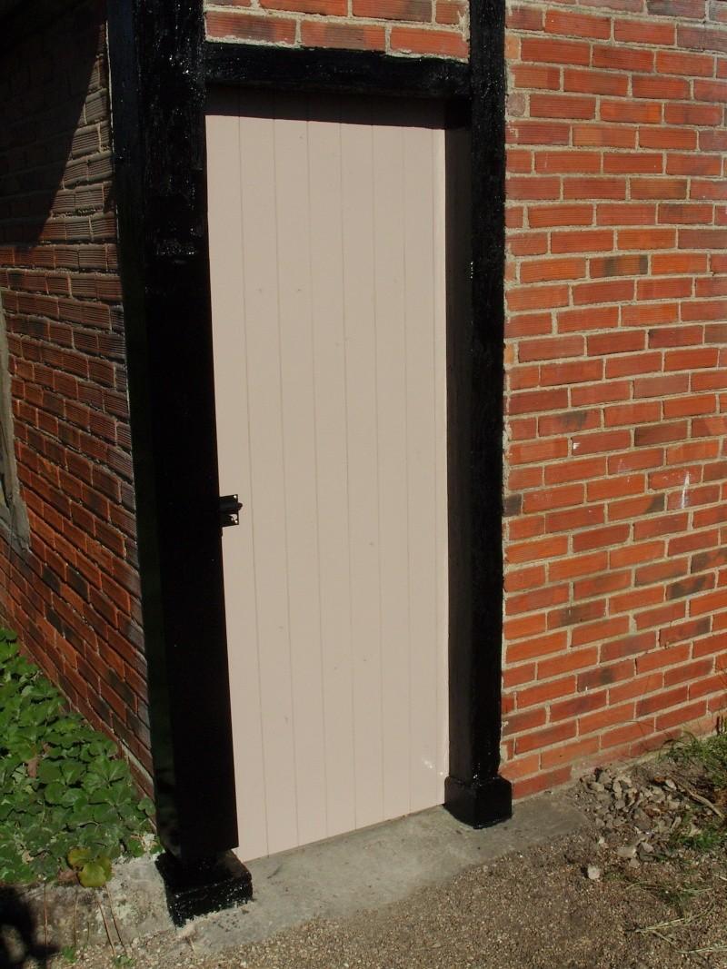 [Réalisation] Une porte/volet à clefs pour mon abri de jardin - Page 2 Snb13225