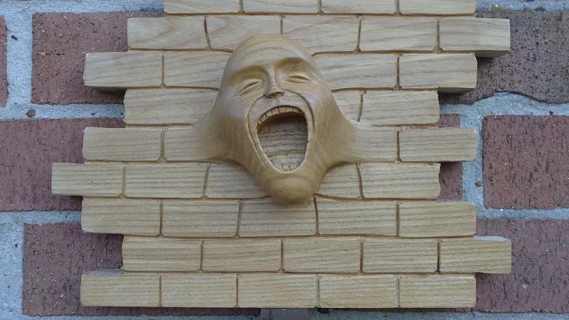 petite question sur un visage en bois The_wa22