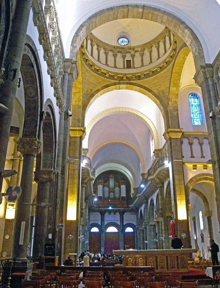Tunis - Cavaillé Coll Mutin (?) Cathédrale Saint Vincent de Paul et Sainte Olive Dscn1312