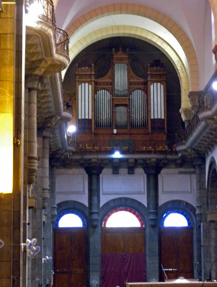 Tunis - Cavaillé Coll Mutin (?) Cathédrale Saint Vincent de Paul et Sainte Olive Dscn1315