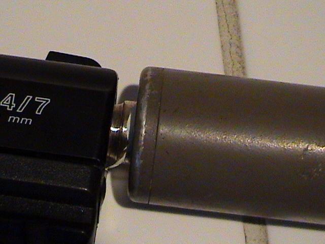adapté un silencieux sur un taurus pt 24/7 Dsc00313