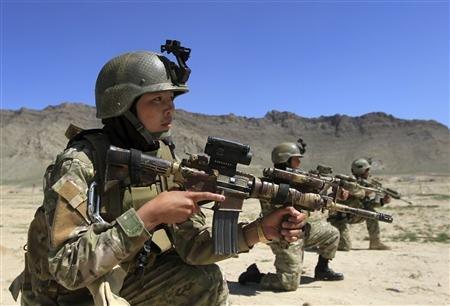 Nữ đặc nhiệm Afghanistan A-woma10