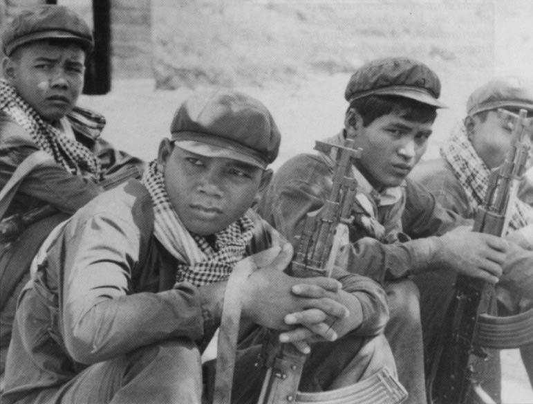 Quân đội Khmer đỏ: từ chiến thắng đến diệt vong Coburn10