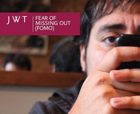 6 dấu hiệu của việc bạn đã nghiện smartphone Fomo10