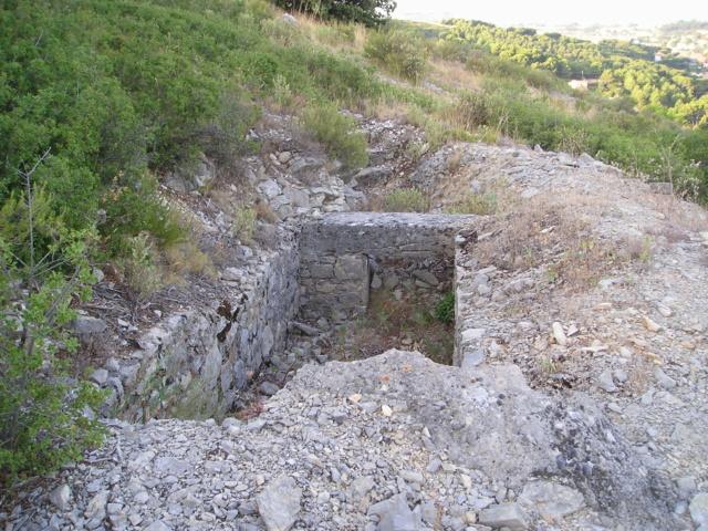 Bunkers sur Septèmes les vallons (13) P1010080