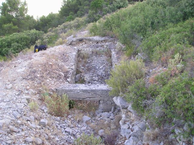 Bunkers sur Septèmes les vallons (13) P1010081