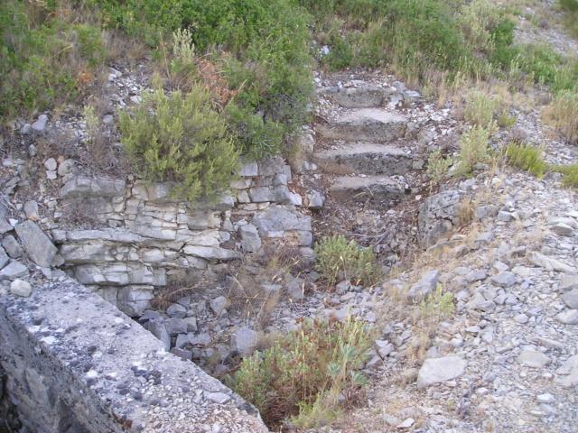 Bunkers sur Septèmes les vallons (13) P1010082