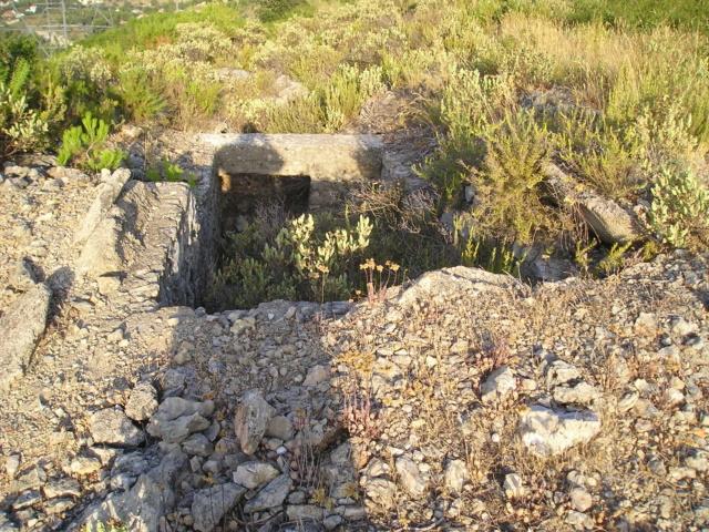 Bunkers sur Septèmes les vallons (13) P1010084