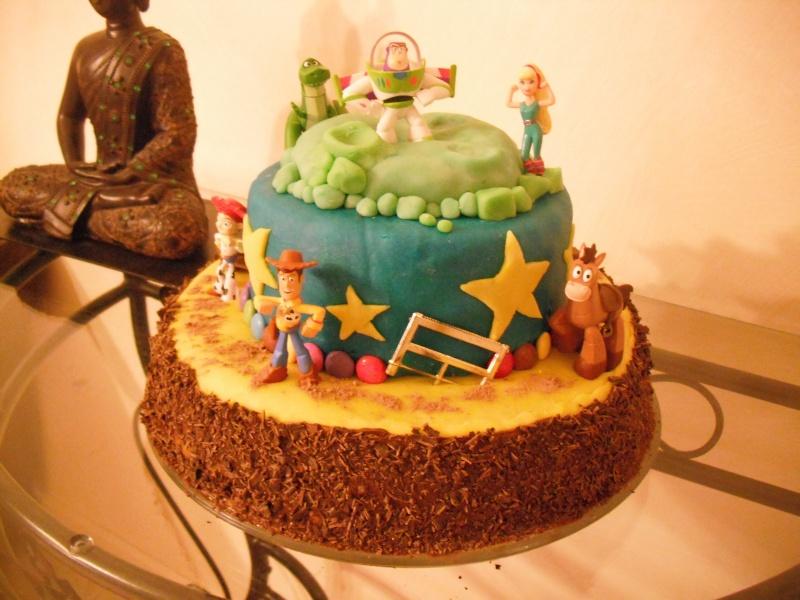 Gâteaux d'anniversaire Disney de nos miniatures Dscf1410