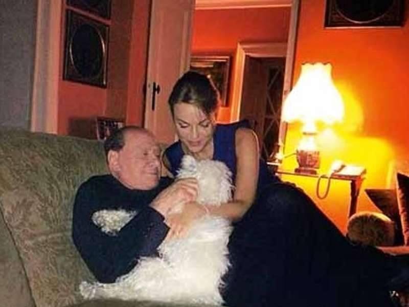 Silvio Berlusconi - Pagina 2 Image30