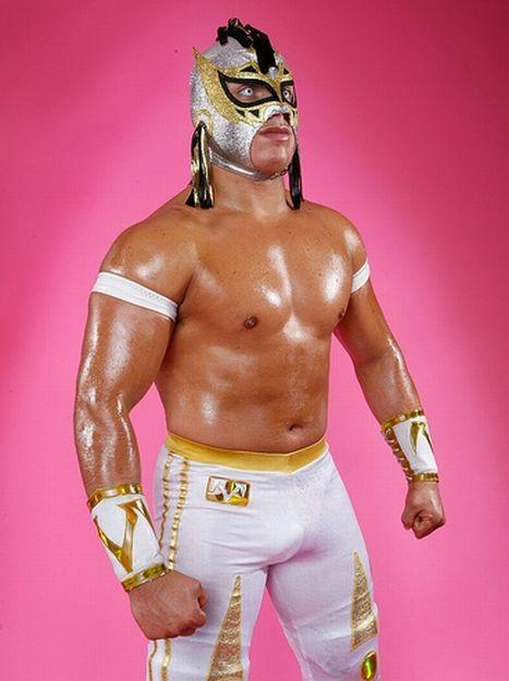 [Contrat] La WWE intéressée par plusieurs lutteurs Volado11