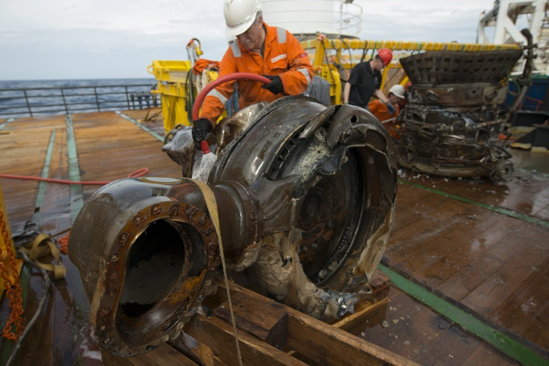 Les moteurs F1 d' apollo 11 localisés Image_11