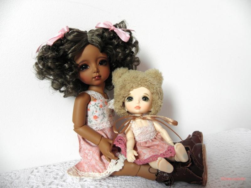 Une rencontre adorable !!!  Tiana ma Momocolor et Praline ma Pukifee, mes 2 amours de BJD ! P3170213