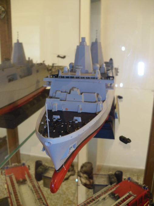 Revell 1/350 USS NEW YORK  Uss_ne12