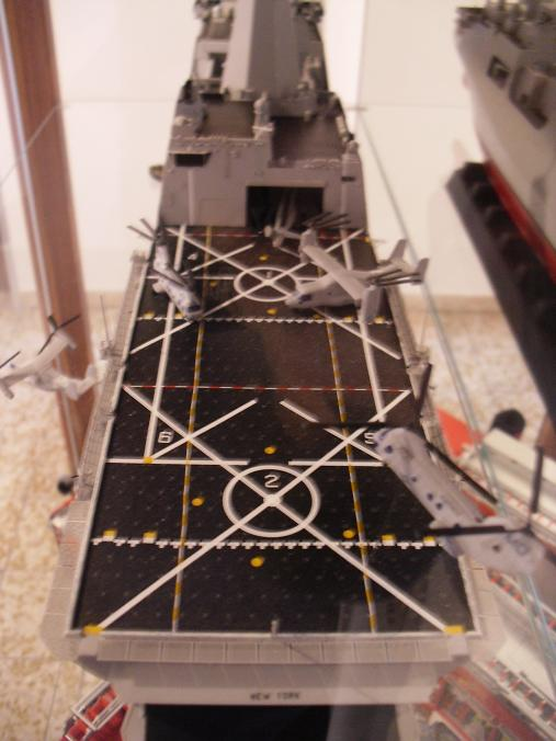 Revell 1/350 USS NEW YORK  Uss_ne16