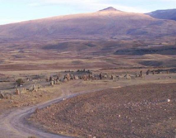 Carahunge - Arménie - Eurasie Ca110