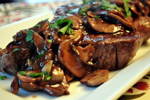 Filet mignon sauce aux bleuets Beef-t10