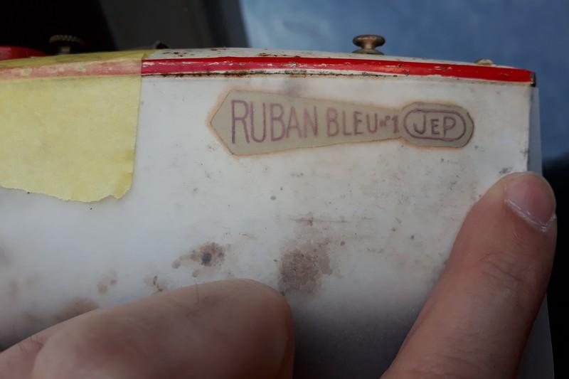 """Restauration d'un canot JEP """"Ruban Bleu N°1"""" 20190114"""