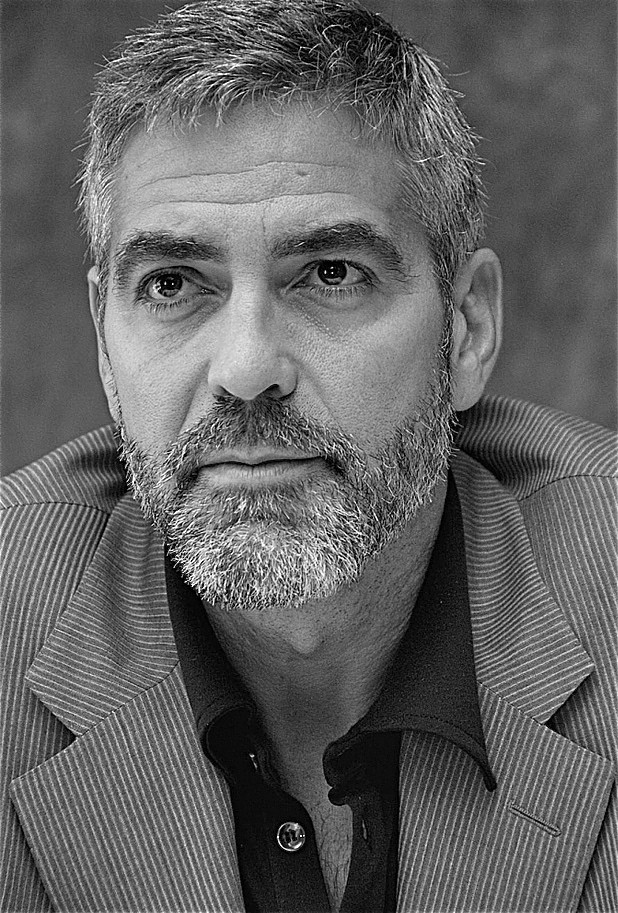 Why are beards back? George Clooney leads the way in face fuzz Enhanc10