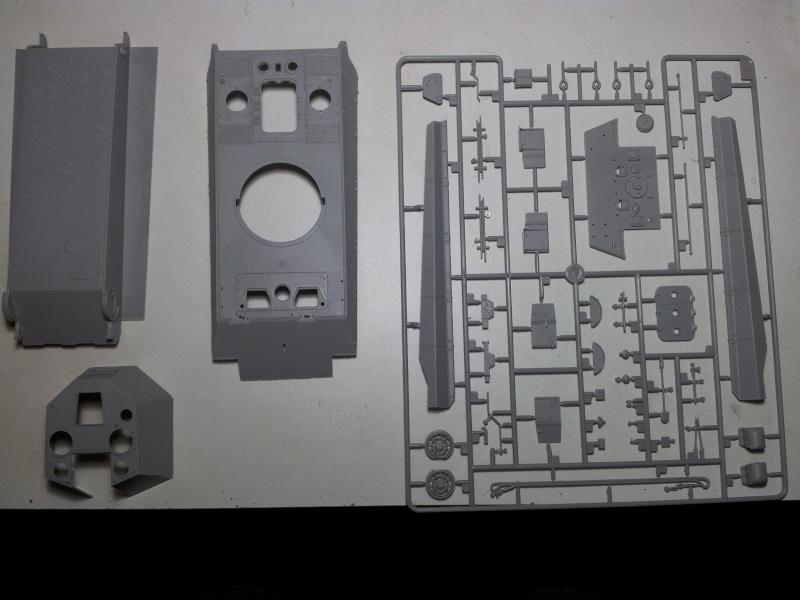 E-75 Flakpanzer [TRUMPETER] PE [VOYAGER MODEL] Canons [RB MODEL] Chenilles [FRIUL]  (Montage en cours) 20130814