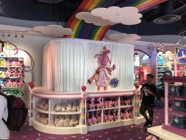 [Disney California Adventure] Placemaking: Pixar Pier, Buena Vista Street, Hollywood Land, Condor Flats - Page 27 Di0m_t10