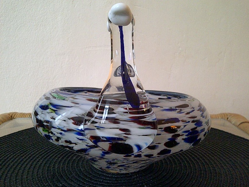 id help please? novelty art glass bowl in form of a swan? murano? Img-2035