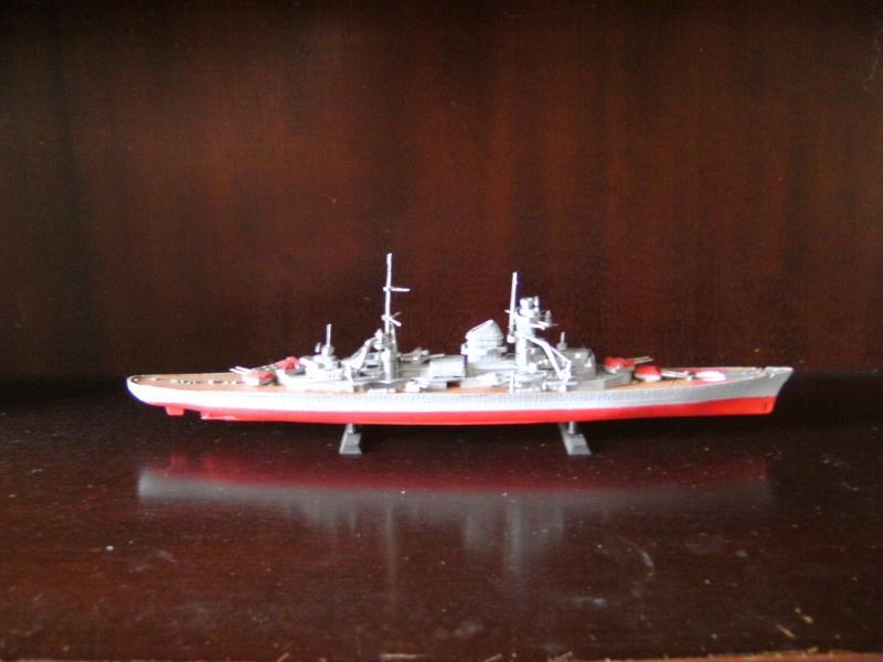 Admiral Hipper von Revell Masstab 1:720 Pict0010