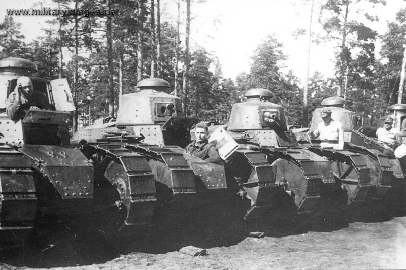 Renault FT 17 Tankre10
