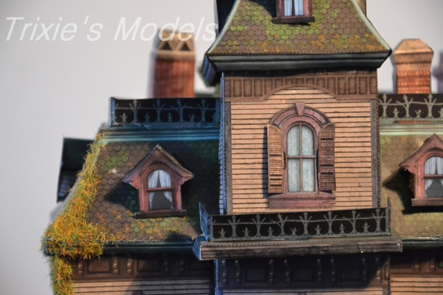 [Maquette] - BIG THUNDER MOUNTAIN - p.8 / Phantom Manor p.1 /Le Chateau D'Oreilles p.7/ - Page 4 Dsc_0010