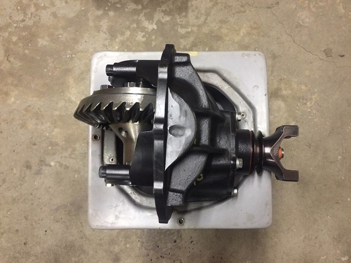 SPRING CLEAN 2019 UPDATE - GARAGE CLEANOUT - Differentials, Heads, Pistons, Crankshafts, More 370_0211