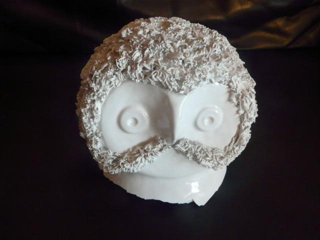 Wise old bird -  Marie Henriette Bataille (Dour) owl figurine P1030116