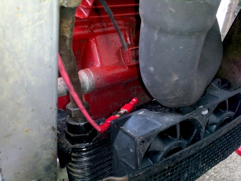 Refroidissement électrique cylindre arrière et de l'huile. 2013-013