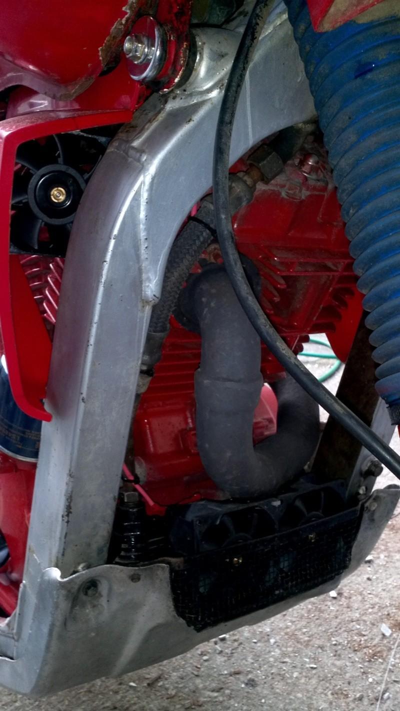 Refroidissement électrique cylindre arrière et de l'huile. 2013-020