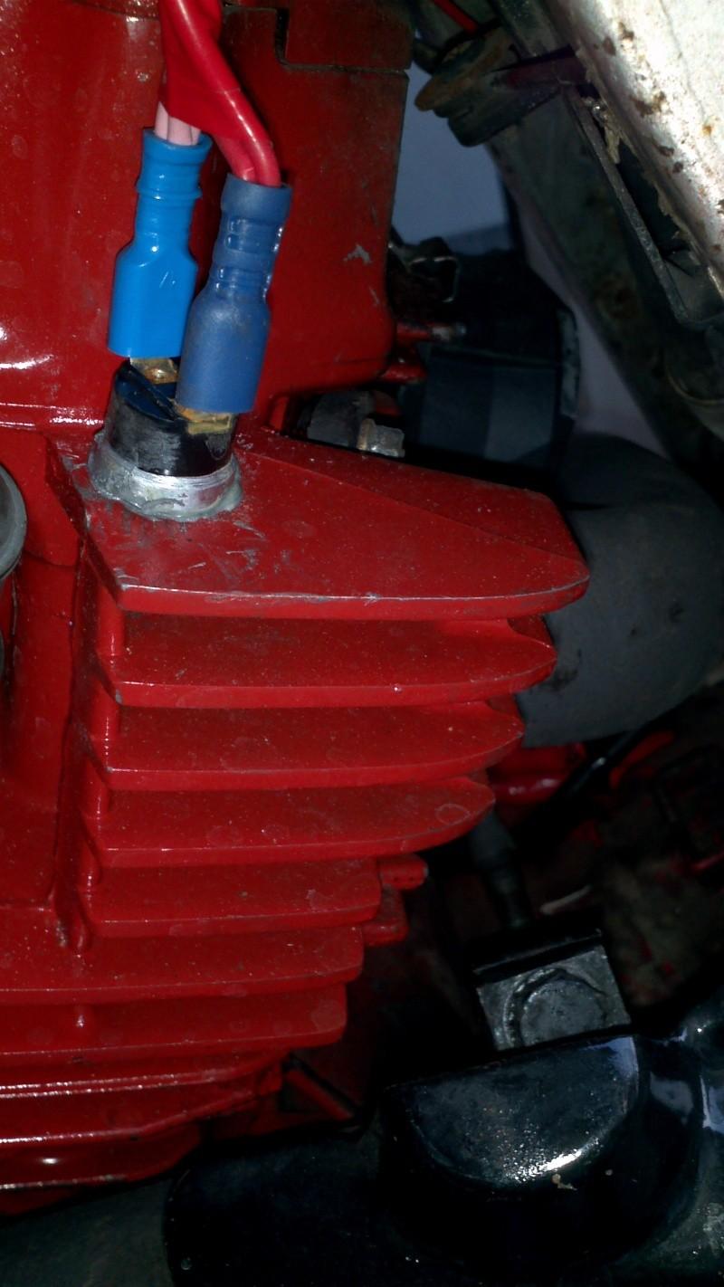 Refroidissement électrique cylindre arrière et de l'huile. 2013-021