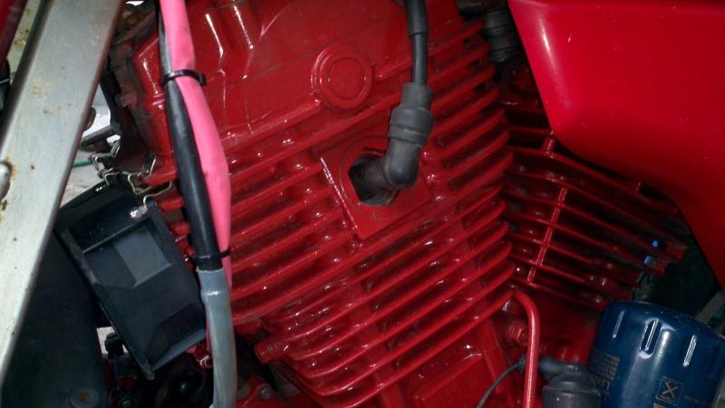 Refroidissement électrique cylindre arrière et de l'huile. 2013-022