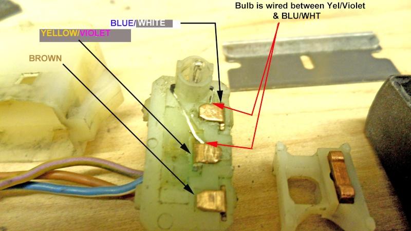 Hazard warning switch : light bulb Sam_3013