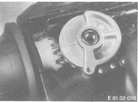 Throttle cable sticking Timing10