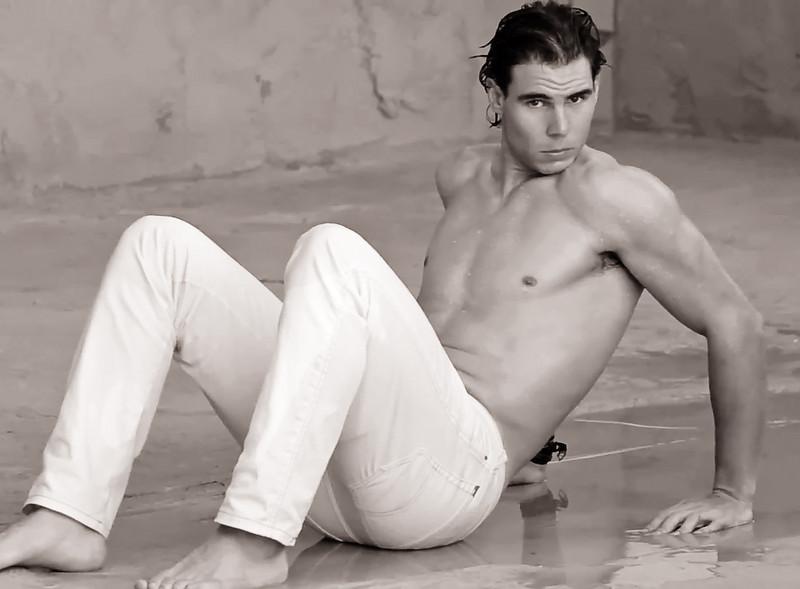FED/NADAL ????? NAH !!!! LETS TALK ABOUT FACEBOOK AND TWITTER Nadal-12