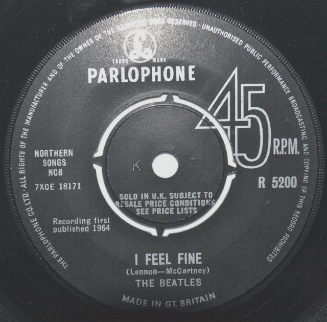 I Feel Fine/She's A Woman R5200-18