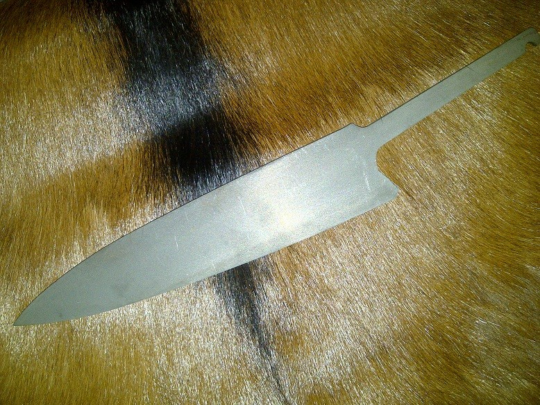 Lames de couteau directement de l'acierie. Bonper12