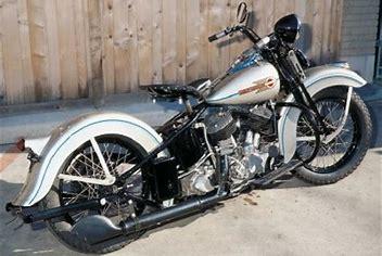 nouvelle peinture pour le RK épicétout  Harley18