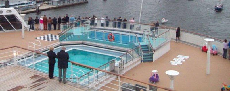Queen Mary 2 - weitere Bilder  Leavin15