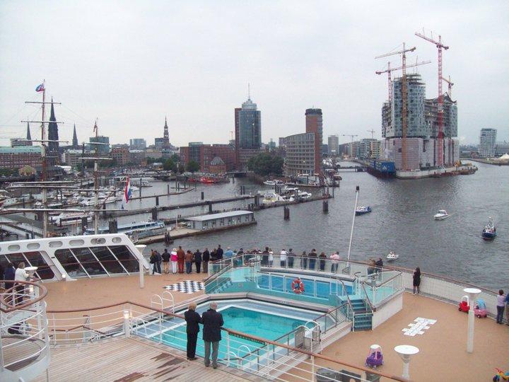 Queen Mary 2 - weitere Bilder  Leavin17