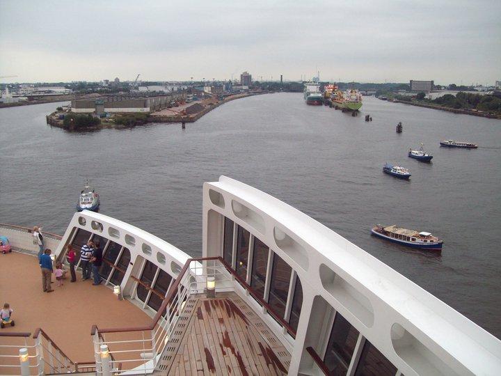 Queen Mary 2 - weitere Bilder  Leavin18