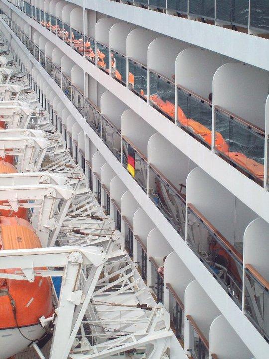 Queen Mary 2 - weitere Bilder  Side_210