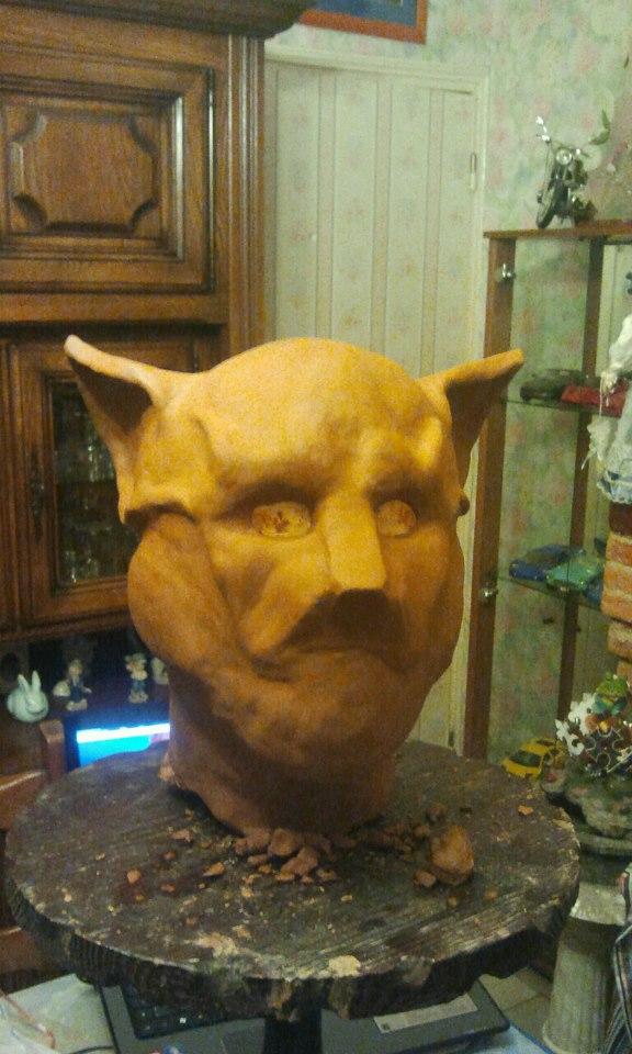 Ma premiére sculpture et réalisation d'un masque en latex  38222710