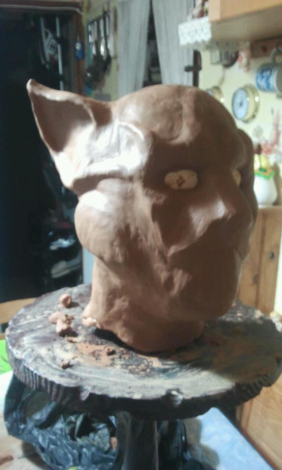 Ma premiére sculpture et réalisation d'un masque en latex  57444810