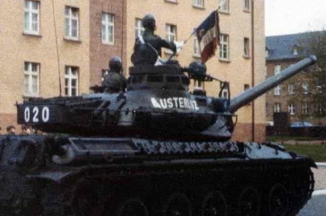 AMX 30 : marquages de tourelle Char_012