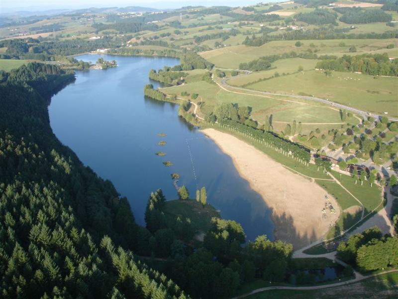 (Lac Des Sapins / Cublize 69550 ) 0905_110